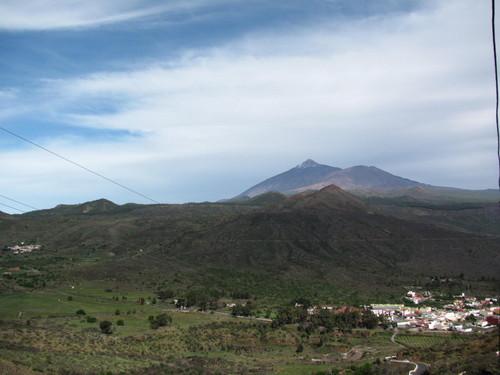 Vista de El teide e da cratera do Monte Viejo