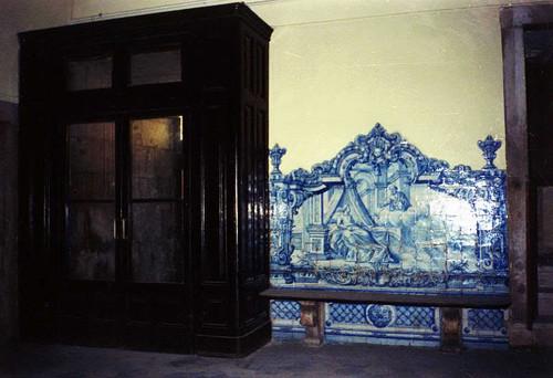 Hospital de Arroios. Painel de azulejos (in Skyscrapercity)