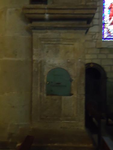 Caixa de esmolas, igreja matriz, chaves