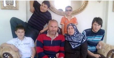 Fahri y su familia