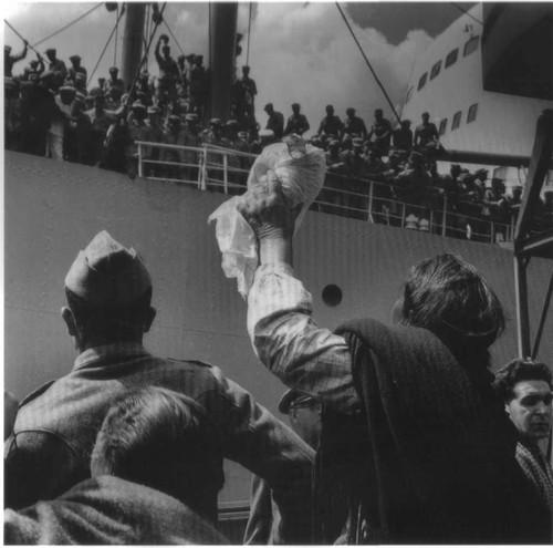 Partida de tropas para o Ultramar, Lisboa (E.Gageiro, 1961)