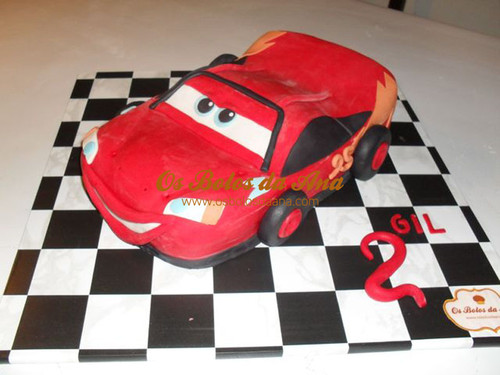 Bolo 3D Faisca McQueen