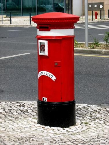 vermelho postal