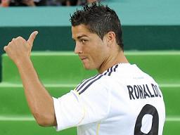 Como se prova nos campos, Ronaldo é o mais futebolista rápido...