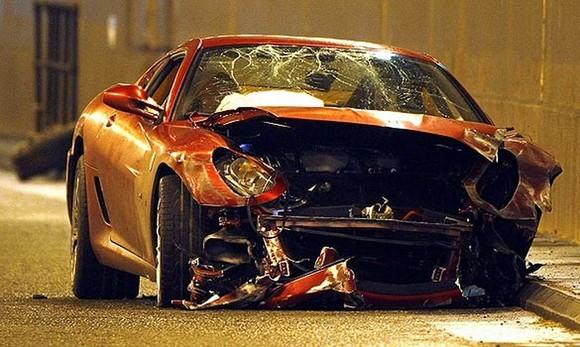 Ferrari CR7