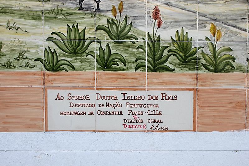 Homenagem com erros de ortografia. Lisboa, 2012