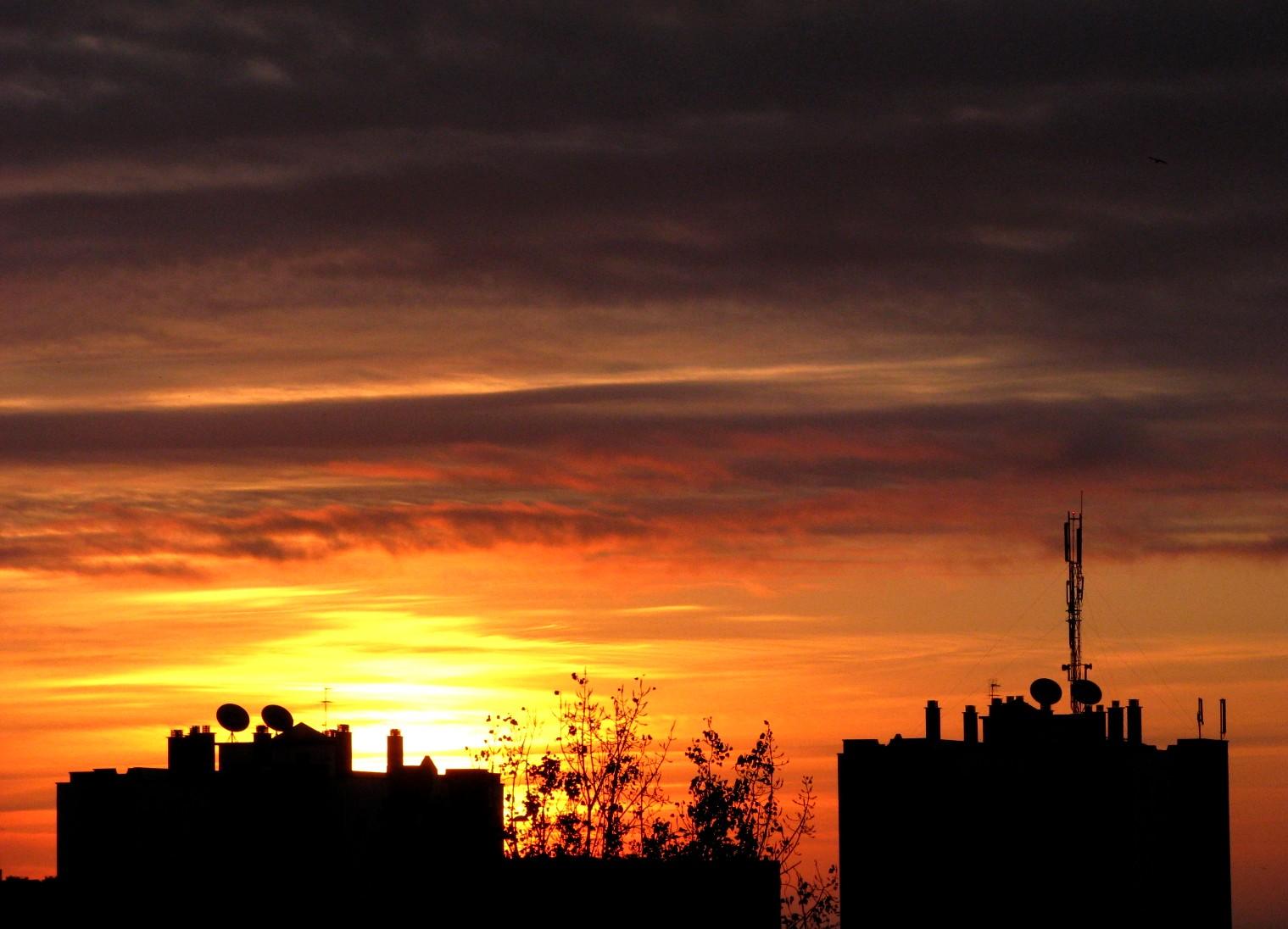 o despertar da cidade