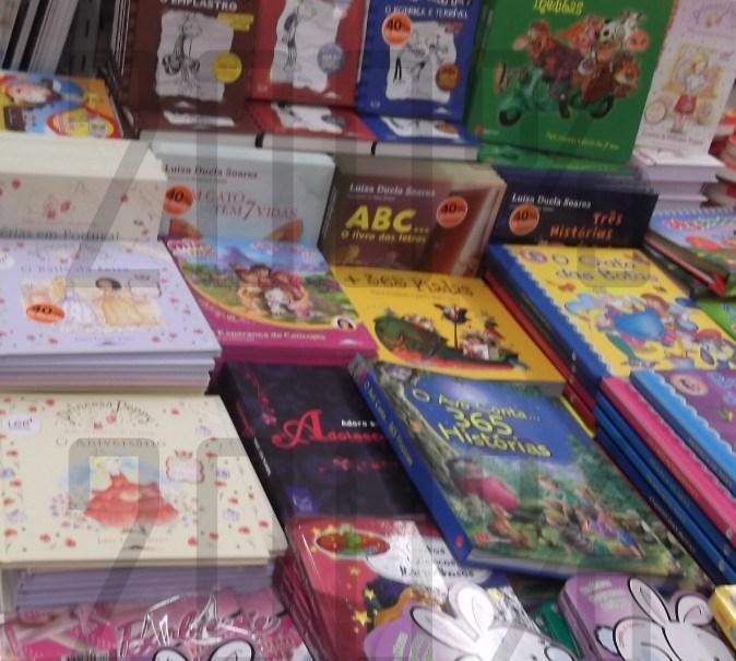 Acumulação | CONTINENTE | Livros Juvenis e Infantis