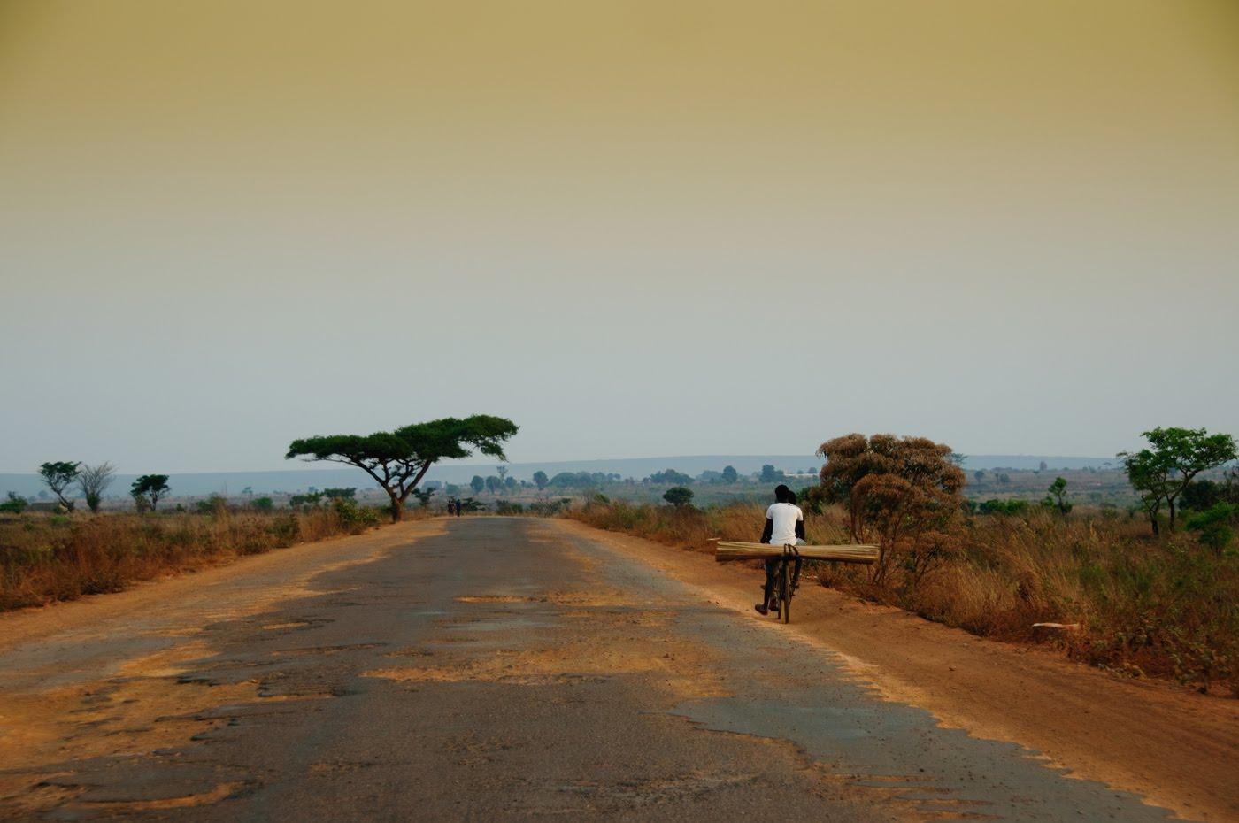 Kalandula; Angola