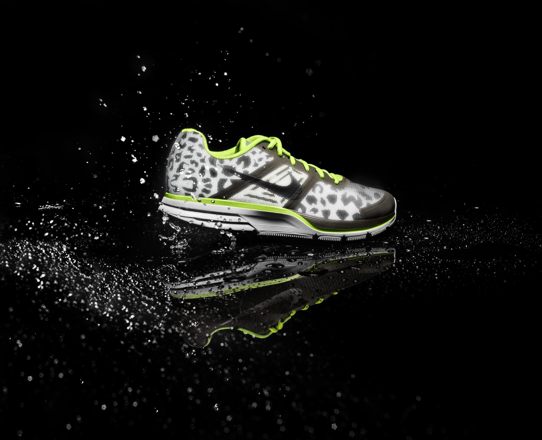 Nike_Air_Pegasus_30_Shield_Mens_profile