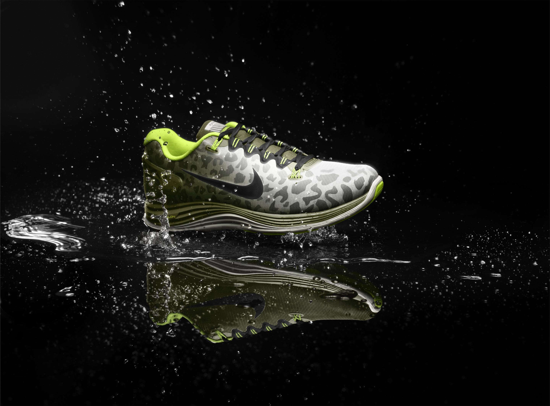 Nike_LunarGlide_5_Shield_Mens_profile