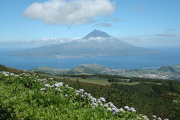 Pico visto do Faial, Açores