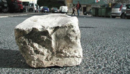 Pedra de calçada (in Sportmeter 98)