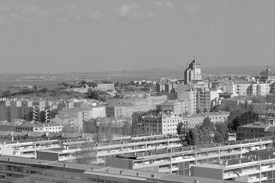 Panorâmica de Alvalade sobre o Areeiro, Lisboa (L.Pastor, 196...)