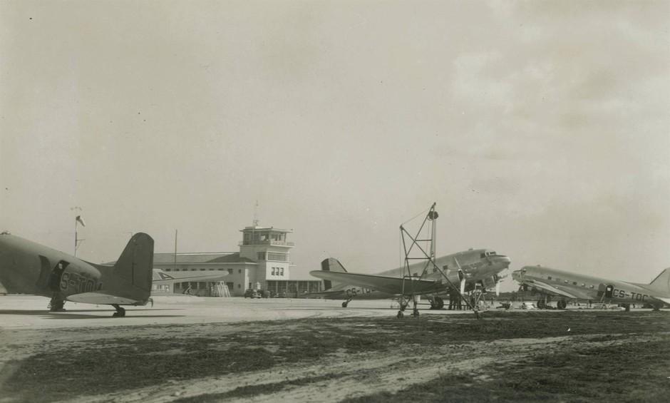 Aeroporto da Portela, Lisboa. Eduardo Portugal, 1946