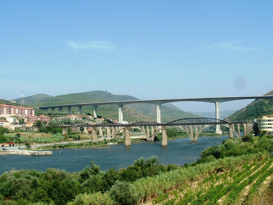 Pontes: Valdigem-Régua