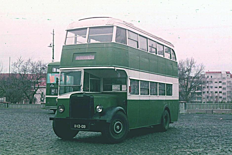 Autocarro Leyland 201 da C.C.F.L., Amoreiras (C. Esses, 1970)
